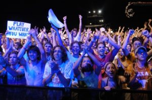 (The Roar of the Crowd,  ACLFestival 2004)