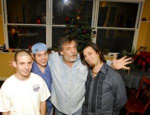 (Merry Christmas 2005 from the Newton Boys!)